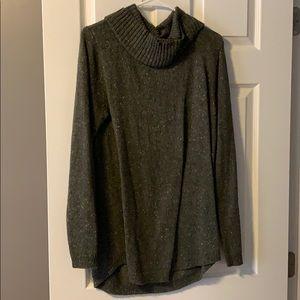Hunter green long tunic sweater